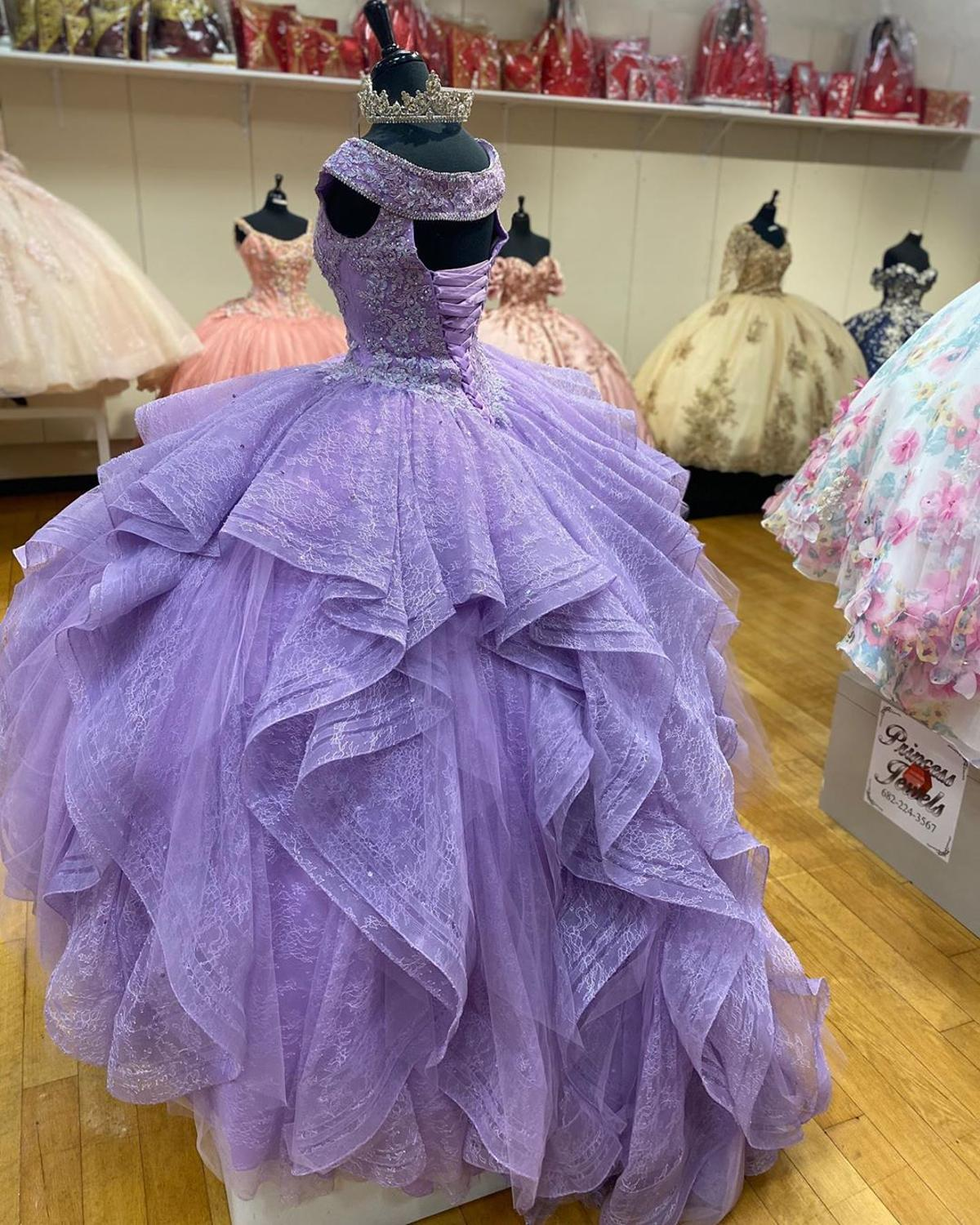lavender quinceanera dress extra puffy,places to fix quinceanera dress,vintage lace dress for quinceanera,sexy princess lace quinceanera dress,lace quinceanera dress,off shoulder quinceanera dress,ruffled skirt quinceanera dress,quinceanera dress lace puffy elegant,2021 quinceanera dress,