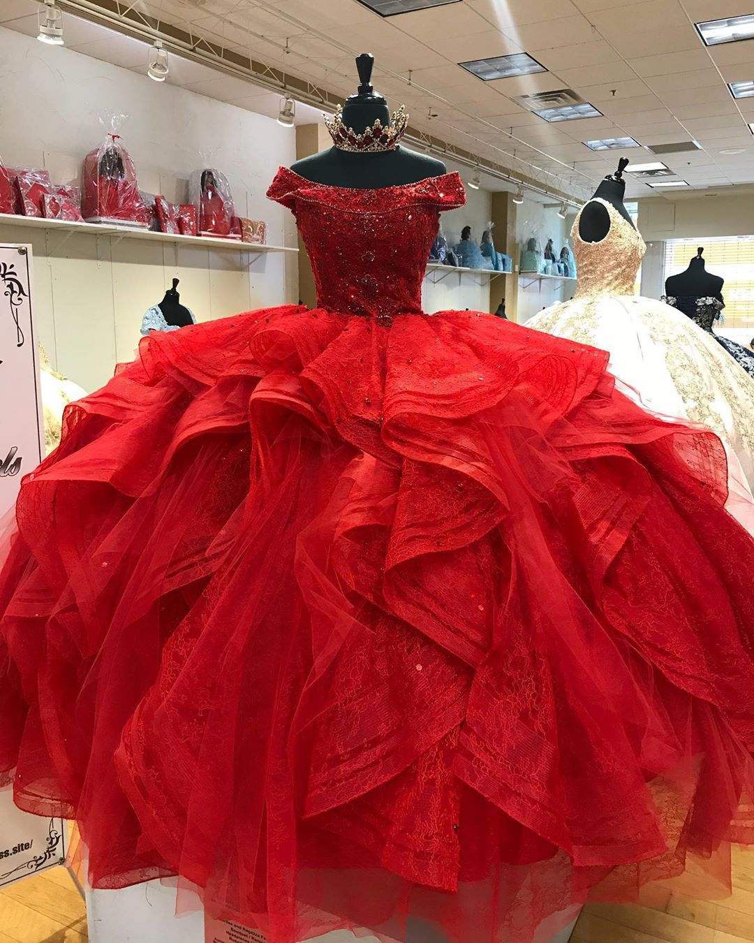 red modern quinceanera dress,red quineanera dress,off the shoulder quinceanera dress,ruffled skirt quinceanera dress,scoop neckline quinceanera dress,custom make your quinceanera dress,