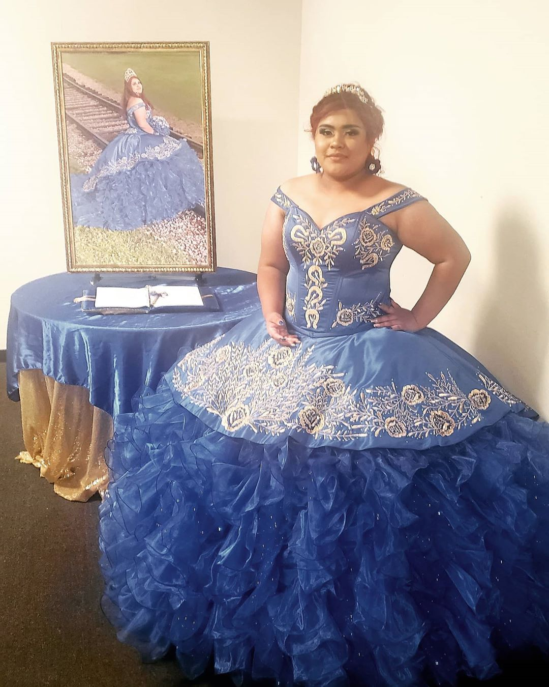 custom made quinceanera dress houston tx,ready to ship quinceanera dress plus size,cheap plus size quinceanera dress,royal blue quinceanera dress with silver,in royal blue quinceanera dress,sweet 16 dress with embroidery,floral embroidery quinceanera dress,