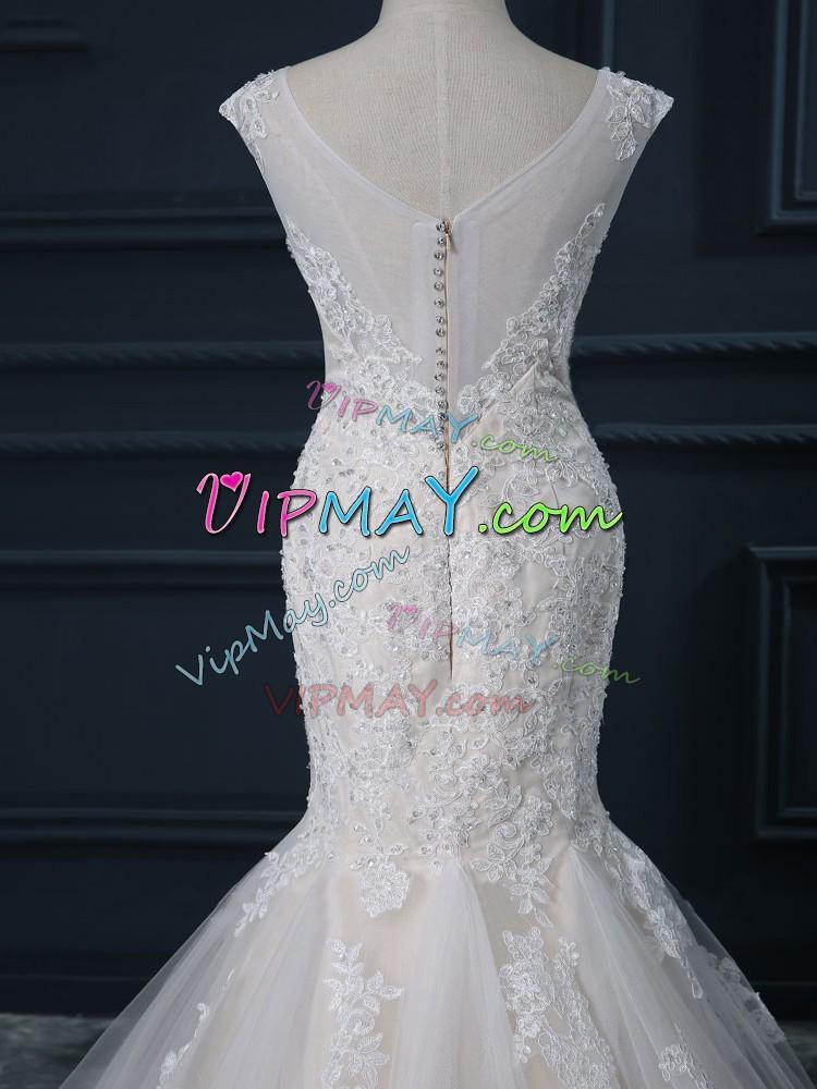 Latest White Zipper V-neck Lace Wedding Dresses Tulle Sleeveless Brush Train