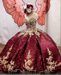 Glitter Full Sequins Puffy Burgundy Quinceanera Dress with Gold Appliques