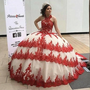 Traditional Halter Red Quinceanera Dress Tired Lace Appliques with Train