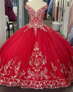Mexico Style Red V Neck Off Shoulder Quinceanera Dress with Gold Emboridery