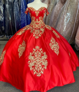 New Style Red and Gold Quinceanera Dress Embroideried 2 Piece Sweet 16 Dress
