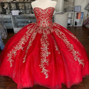 Cheap Red and Gold 2021 Puffy Lace Quinceanera Dress Sweetheart Under 200