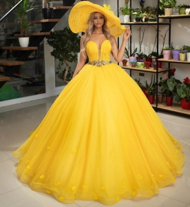 Yellow Deep-v Neckline Tulle Quinceanera Dress with Flowers and Belt