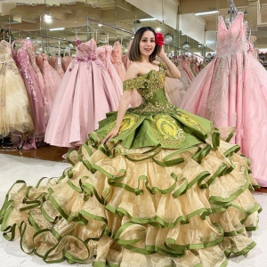 Two Pieces Olive Green Quinceanera Dress Embroidrey with Horse vestidos de xv anos Ruffles