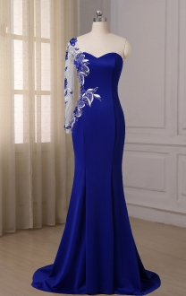 Stylish One Shoulder Long Sleeve Mermaid Prom Dress with Train
