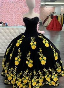 2021 Mexican Style Black Velvet Quinceanera Dress with Yellow Flowers and Long Train